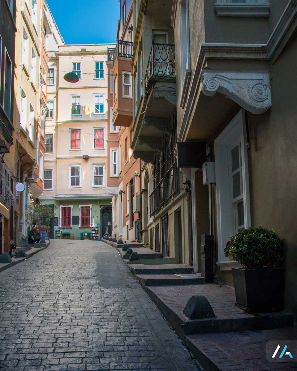 İstanbul'un ara sokakları...